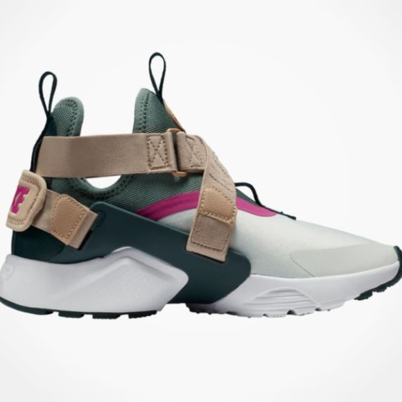finest selection 89c21 96522 Air Huarache City Running Womens Shoes Grey Ivory. NWT. Nike